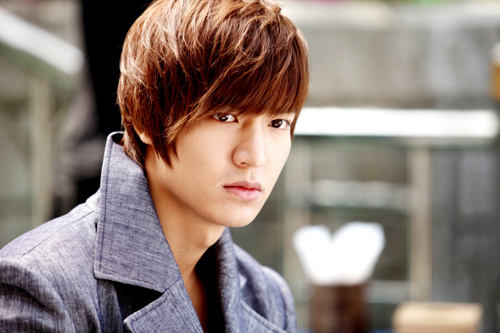 nguoi mau trung quoc giong y het lee min ho - 16