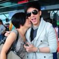 Làng sao - Phương Thanh hôn trượt Đan Trường giữa sân bay