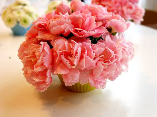 la mat kieu cam hoa hinh banh cupcake - 8
