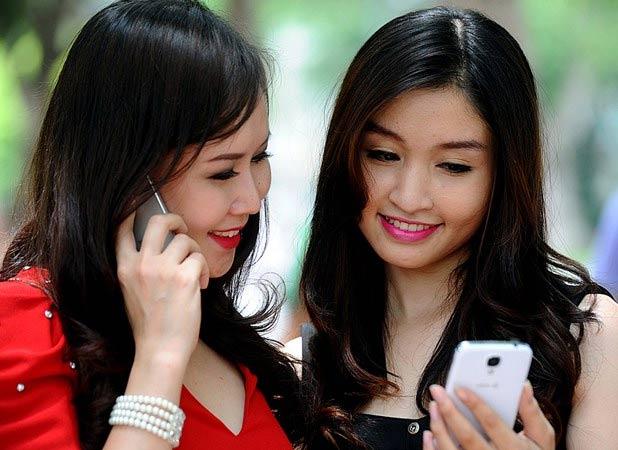 tang cuoc 3g: 'nha mang khong pham luat' - 1
