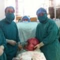 Tin tức - Người phụ nữ mang khối u khủng 10kg trong bụng