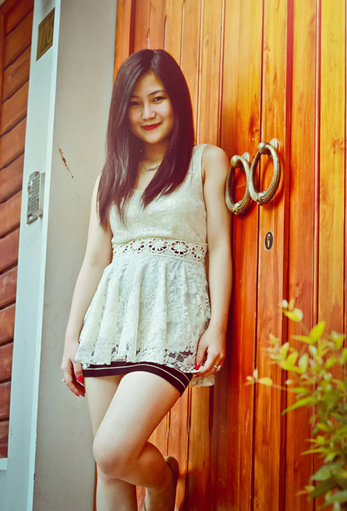 """huong tram: """"toi khong hu ma song dung voi ban than"""" - 1"""