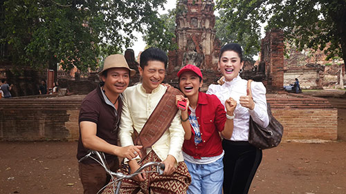 "lam chi khanh duoc ""do ni dong giay"" cho phim cua viet trinh - 6"