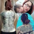 Làm đẹp - Cảm động vì bà mẹ đơn thân có hình xăm kín lưng