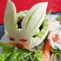 Bếp Eva - Tỉa giỏ hoa quả hình con thỏ ngộ nghĩnh