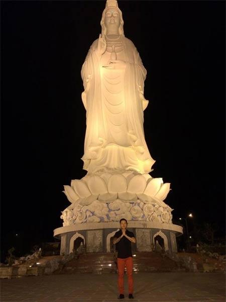 angela phuong trinh giai thich viec me di ban xoi via he - 5