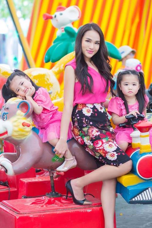 Những nhóc tỳ song sinh đáng yêu của Sao Việt-10