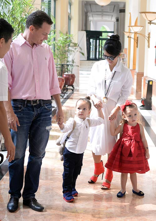 Những nhóc tỳ song sinh đáng yêu của Sao Việt-2