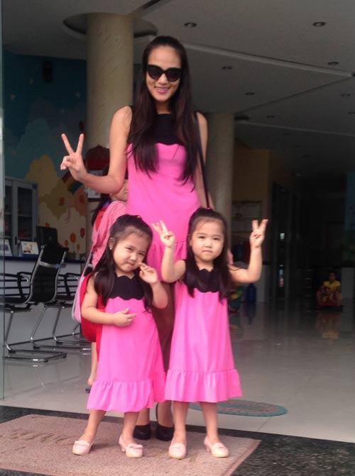 Những nhóc tỳ song sinh đáng yêu của Sao Việt-9
