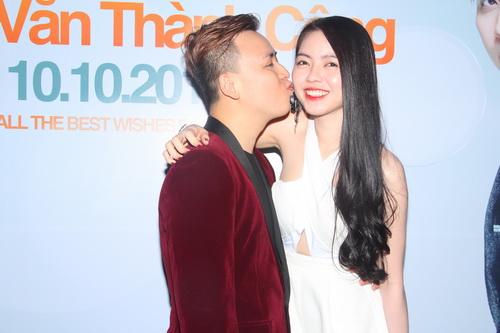 HH Phan Thu Ngân tái xuất mừng Văn Thành Công-8