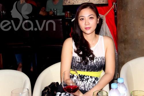 HH Phan Thu Ngân tái xuất mừng Văn Thành Công-2