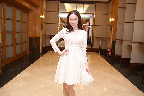 "angela phuong trinh kho ""de bep"" ve sexy vo hoang yen - 14"
