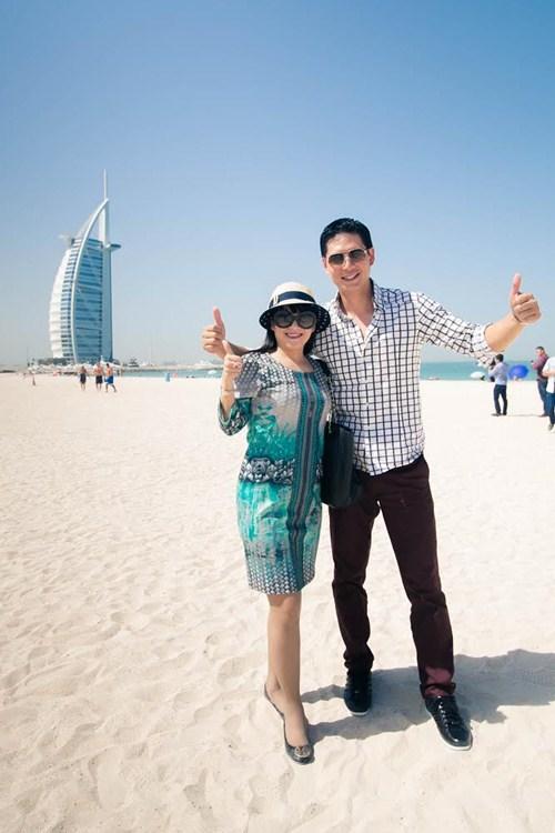 Thủy Tiên sành điệu bên Noo Phước Thịnh tại Dubai-10