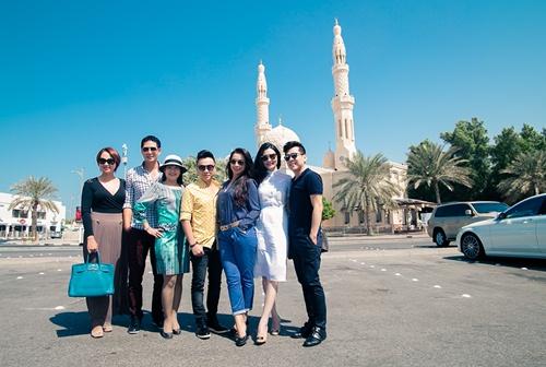 Thủy Tiên sành điệu bên Noo Phước Thịnh tại Dubai-11
