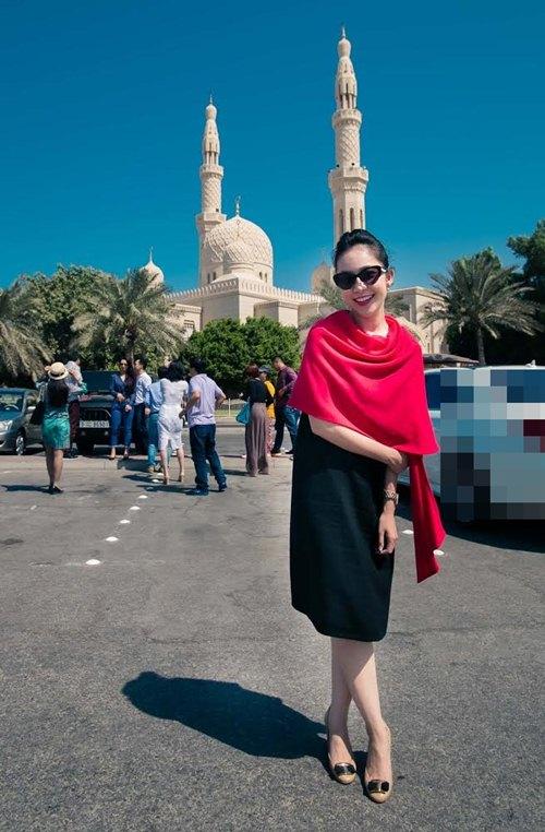 Thủy Tiên sành điệu bên Noo Phước Thịnh tại Dubai-6