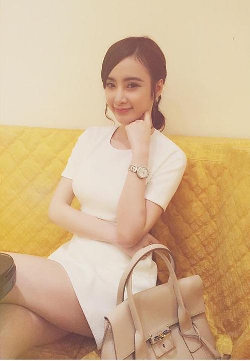 "angela phuong trinh cu xuong pho la ""gay sot"" - 3"