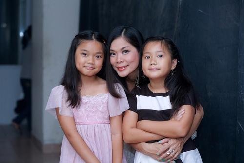 Hotgirl Quỳnh Chi ngày càng mặn mà hơn sau khi sinh con-15