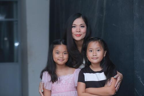 Hotgirl Quỳnh Chi ngày càng mặn mà hơn sau khi sinh con-16