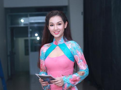 Hotgirl Quỳnh Chi ngày càng mặn mà hơn sau khi sinh con-2