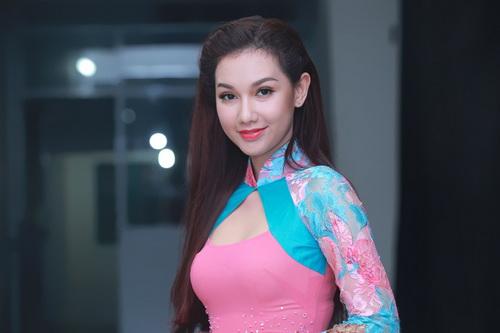 Hotgirl Quỳnh Chi ngày càng mặn mà hơn sau khi sinh con-3