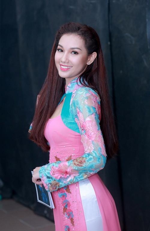 Hotgirl Quỳnh Chi ngày càng mặn mà hơn sau khi sinh con-1