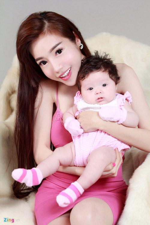 Elly Trần đã có con hơn 2 tháng với bạn trai Tây - 3