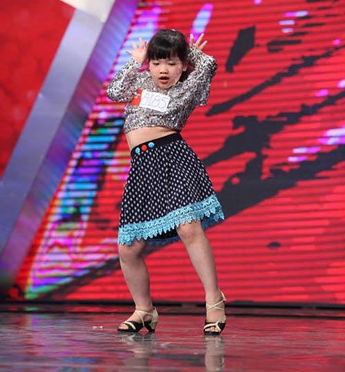 Bé 7 tuổi VN's Got talent nhảy đau khổ như người lớn-1