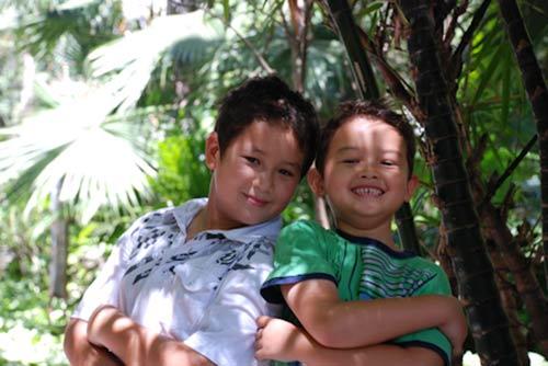 Ngắm các thiên thần lai siêu đáng yêu của sao Việt - 16