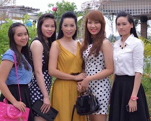 "trinh kim chi xinh dep ngay len chuc ""hieu truong"" - 10"