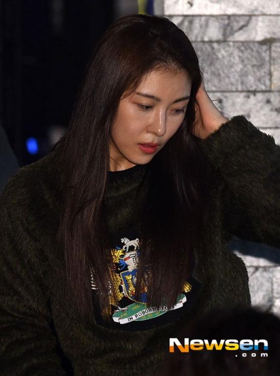 """""""hoang hau ki"""" ha ji won lo mat bong nhay - 3"""