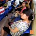 Bà bầu - Mệt mỏi chờ đợi khám thai tại BV Phụ sản