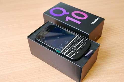 blackberry q10 sáp giảm giá mạnh tại vn - 1