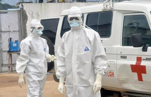 my 'cuong cuong' lo doi pho voi dich ebola - 2