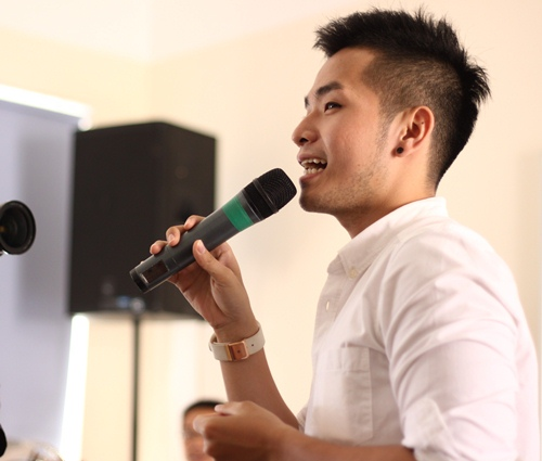 hong phuoc lay lai tinh yeu khan gia hau scandal - 1