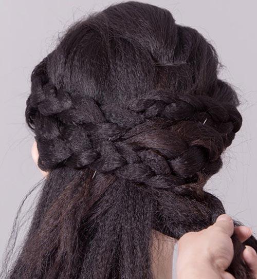 2 kiểu tóc cô dâu đẹp rạng rỡ khiến chú rể ngất ngây - 4