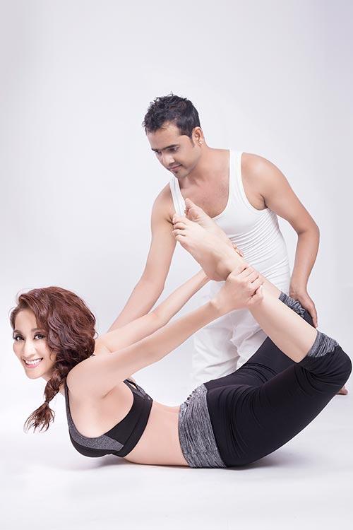 khanh thi khoe tai tap yoga dieu luyen - 4