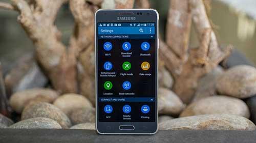 7 smartphone dep nen chon cho phai nu trong ngay 20/10 - 6