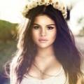 """Làm đẹp - """"Học lỏm"""" cách trang điểm của Selena Gomez"""