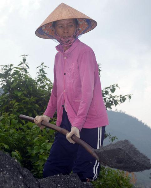 nguoi phu nu 'tam su' cho nhung nam mo bot lanh - 3