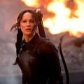 """Phim - Katniss trở về quận 12 hoang tàn trong """"Húng nhại"""""""