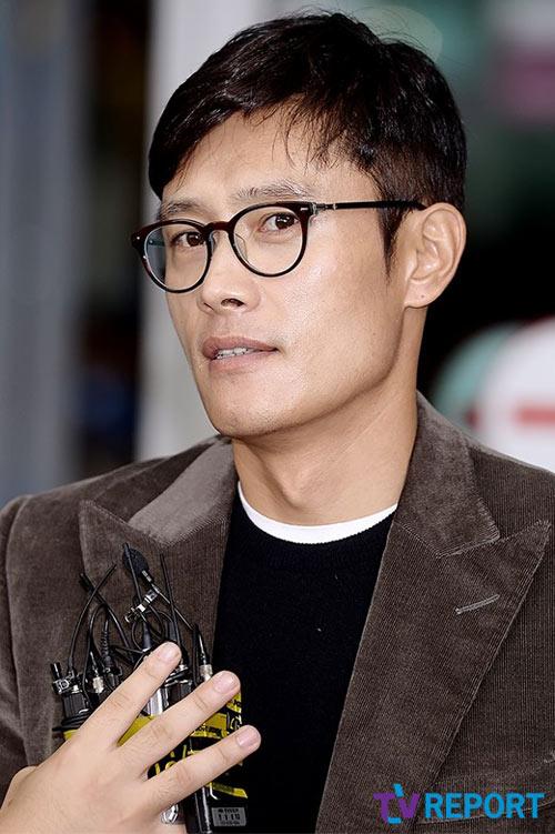 lee byung hun bo pho lo dien sau scandal ngoai tinh - 5