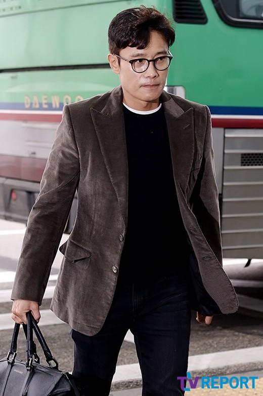 lee byung hun bo pho lo dien sau scandal ngoai tinh - 1