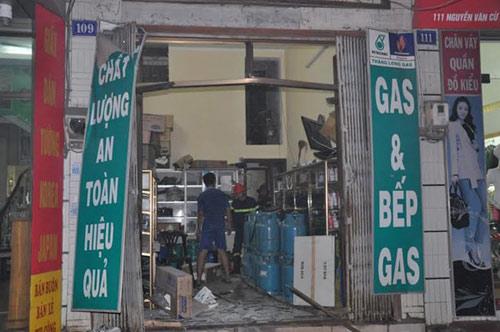 cua hang gas phat no kinh hoang tai tp.ha long - 6