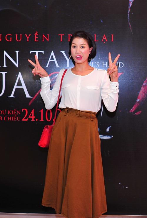 lan phuong tao bao, tu tin khoe eo thon - 3