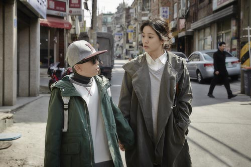 song hye kyo dau bu toc roi trong phim moi - 3