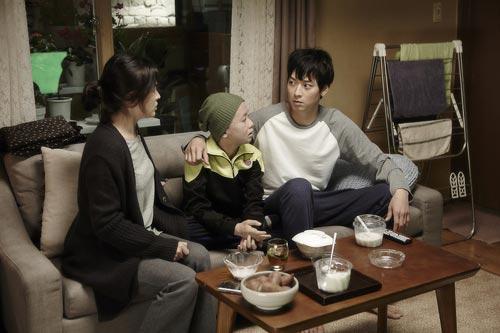 song hye kyo dau bu toc roi trong phim moi - 4