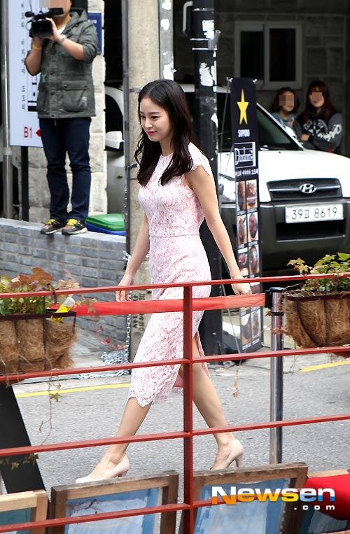 """kim tae hee xinh dep tuoi tan sau tin """"dao keo"""" - 1"""