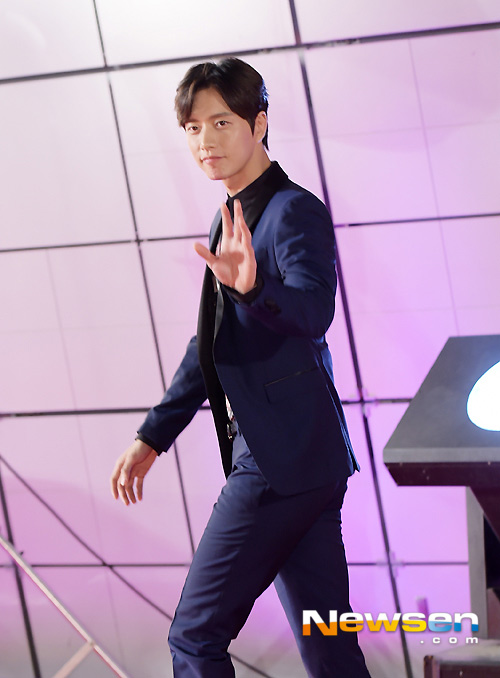 """my nu han """"danh cap"""" tham do style icon awards - 12"""