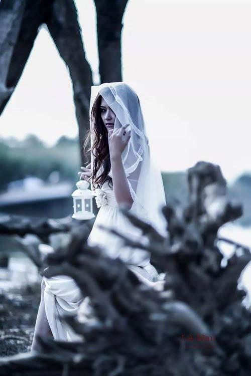 halloween: hot girl truong bao hoa co dau ma - 5