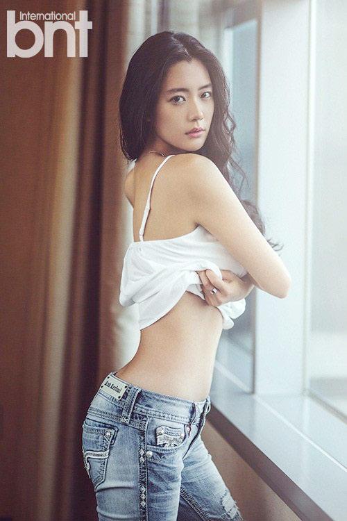 "bieu tuong goi cam han ""danh bai"" angelina jolie - 1"